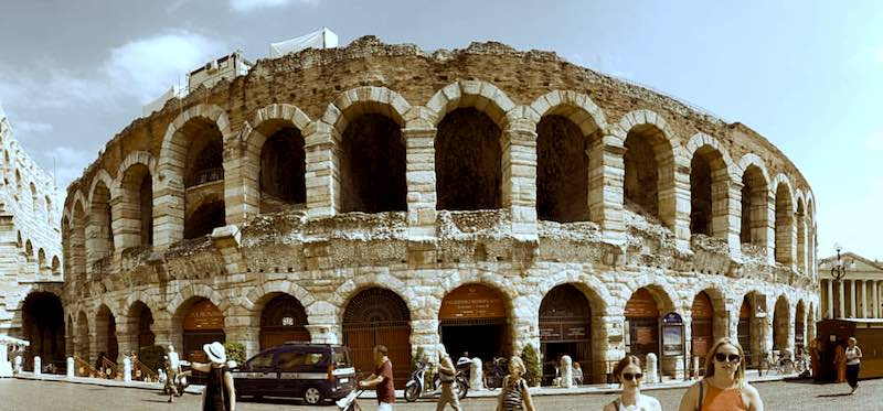 verona colosseum lunch